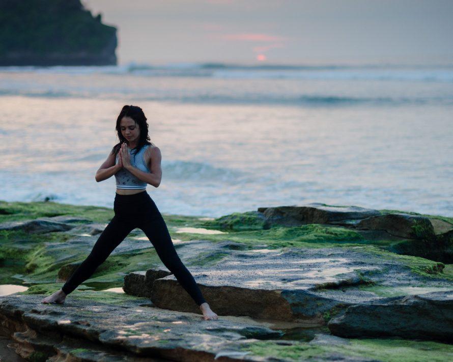 Yoga Bali. Photo by bady qb